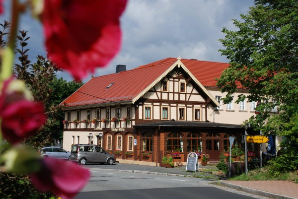 Gasthof und Pension Weißer Stein (Foto Fam. Schreiber)