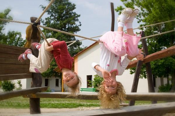 Kopfüber Spielplatz Trixi Park (Foto Annette Scheibe)