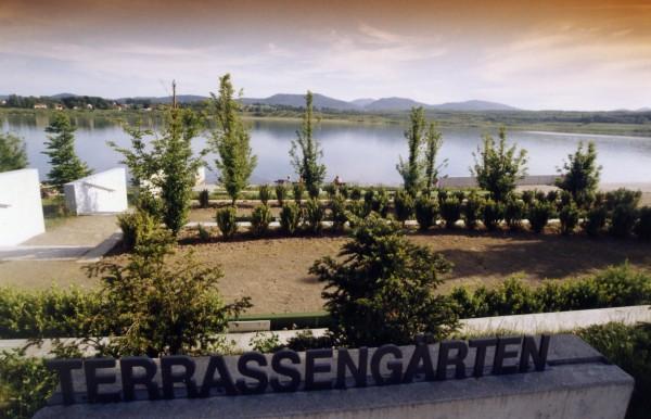 Olbersdorfer See mit Blick auf das Zittauer Gebirge (Foto?)