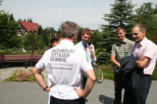 Mdb Michael Kretschmer, Bürgermeister Andreas Förster und Alexander Fichte (Naturparkführer)